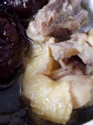 桂圆莲子枸杞鸡汤